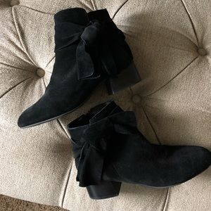 Topshop black suede bow detail booties